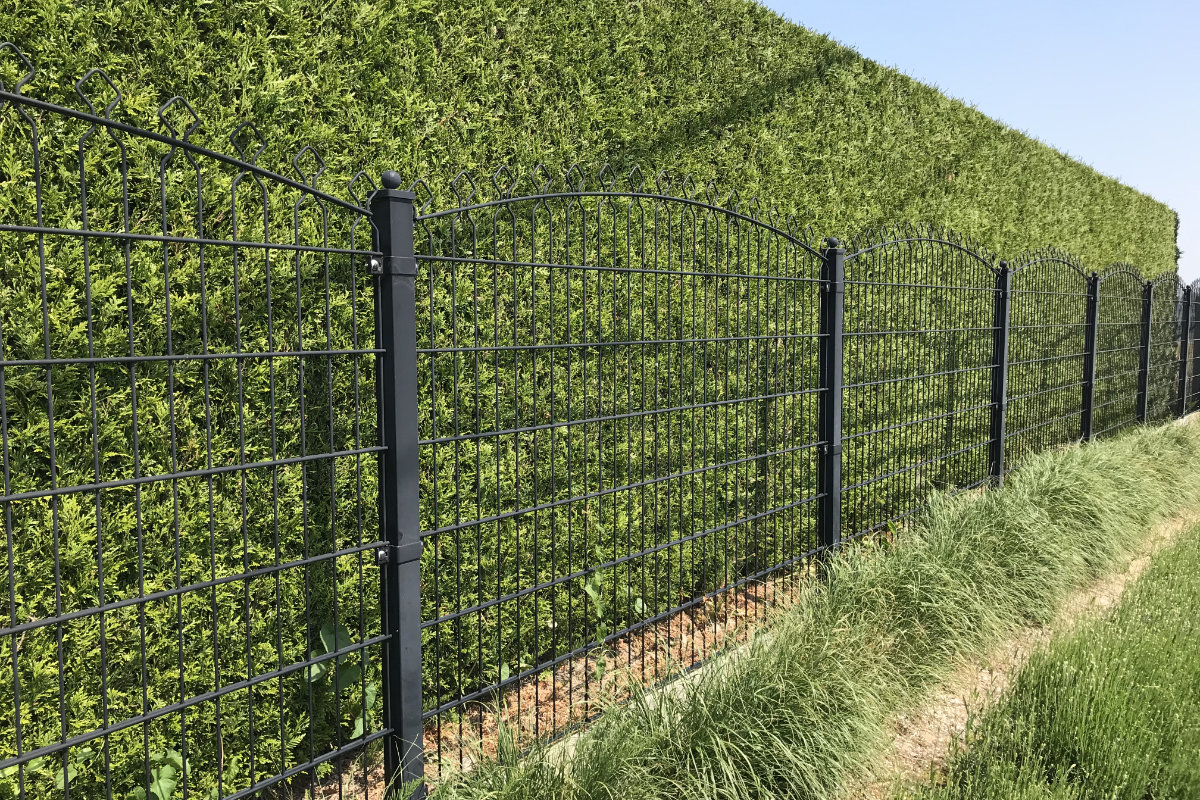 wire fence panels curved top